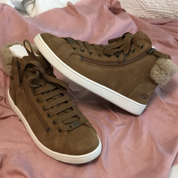 890b8fe343a UGG OLIVE SNEAKERS IN CHESTNUT 🌰 NWT